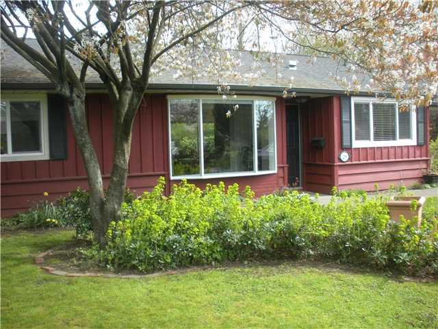 Main Photo: 1298 SILVERWOOD CR in North Vancouver: Norgate House for sale : MLS®# V1002739