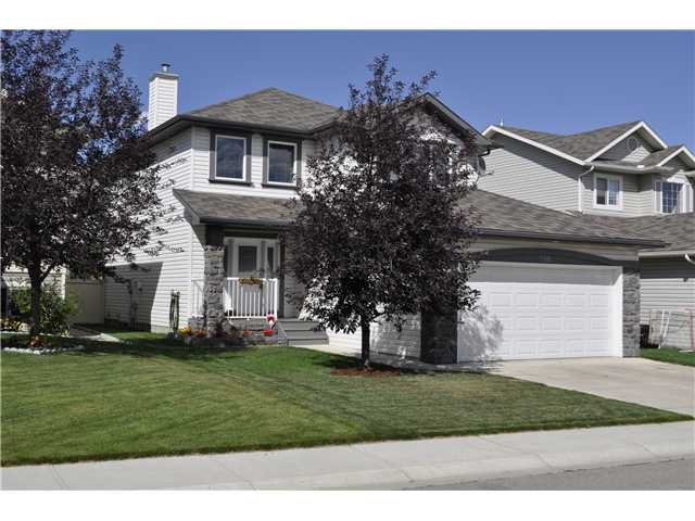 Welcome to this Wonderful Fully Finished home in The Fairways!!