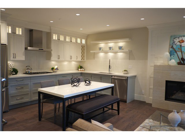 Photo 2: Photos: 2346 W 8TH Avenue in Vancouver: Kitsilano Townhouse  (Vancouver West)  : MLS®# V1081681