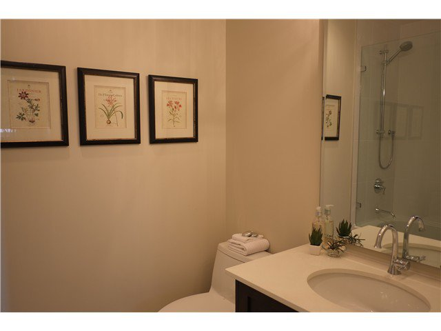 Photo 6: Photos: 2346 W 8TH Avenue in Vancouver: Kitsilano Townhouse  (Vancouver West)  : MLS®# V1081681