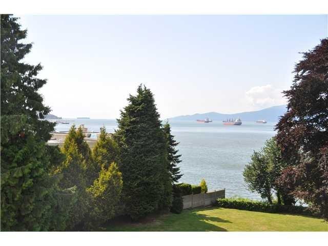 Main Photo: 2585 CORNWALL AV in Vancouver: Kitsilano Condo for sale (Vancouver West)  : MLS®# V1104415