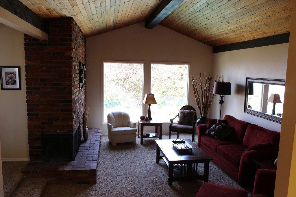 Photo 4: Photos: 776 Gleneagles Drive in Kamloops: Sahali House for sale : MLS®# 130424