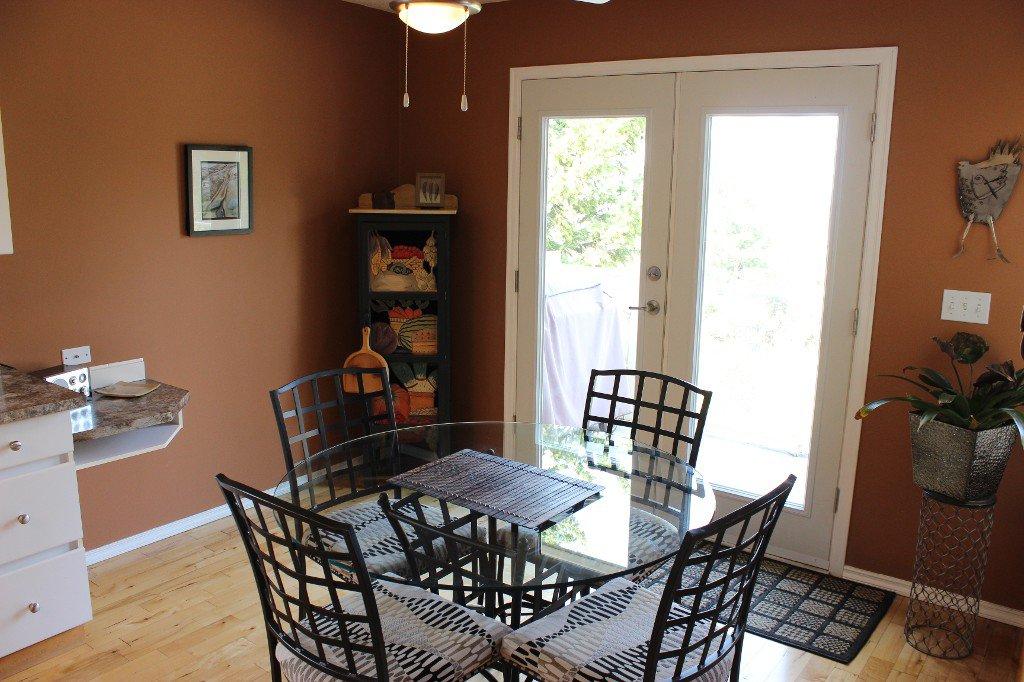 Photo 10: Photos: 776 Gleneagles Drive in Kamloops: Sahali House for sale : MLS®# 130424