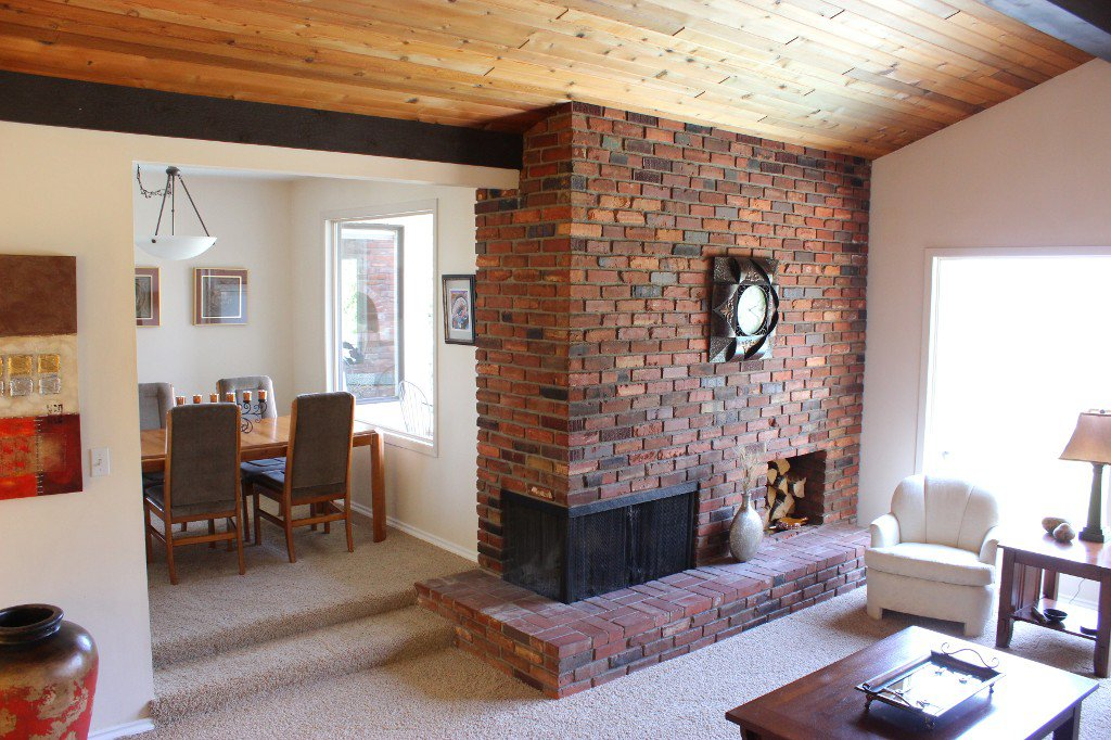 Photo 2: Photos: 776 Gleneagles Drive in Kamloops: Sahali House for sale : MLS®# 130424