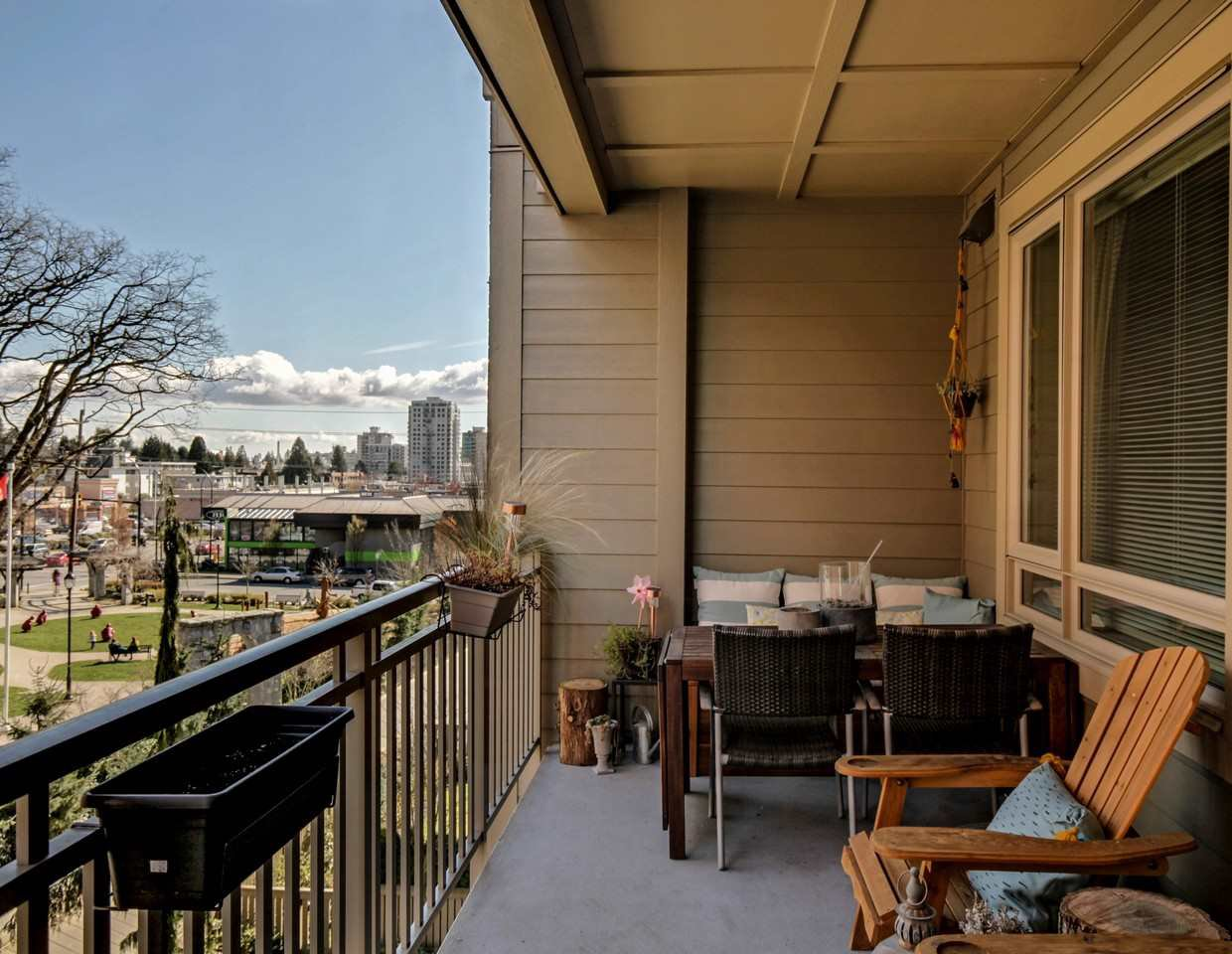 Photo 13: Photos: 319 119 W 22ND STREET in North Vancouver: Central Lonsdale Condo for sale : MLS®# R2047201
