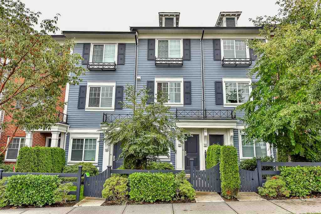 Main Photo: 59 8767 162 STREET in Surrey: Fleetwood Tynehead Townhouse for sale : MLS®# R2105747