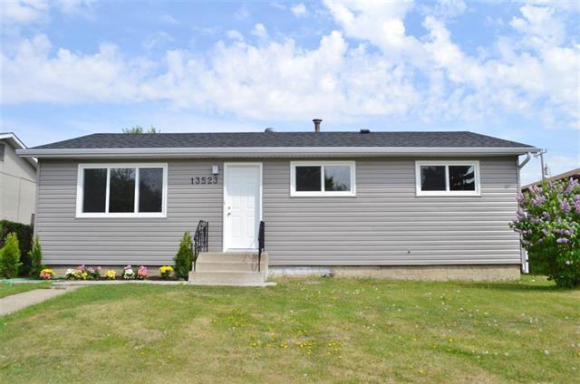 Main Photo: 13523 74 ST NW: Edmonton House for sale : MLS®# E4069111