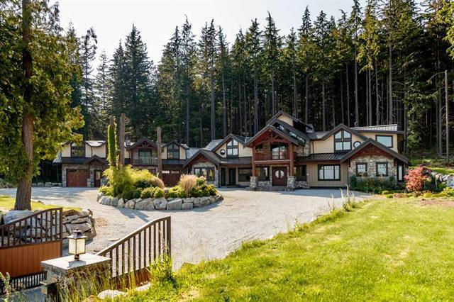 Main Photo: 3299 Black Bear Way in Port Moody: Anmore House for sale : MLS®# R2378195