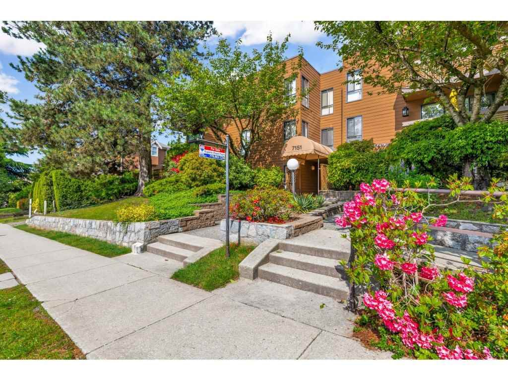 "Main Photo: 410 7151 EDMONDS Street in Burnaby: Highgate Condo for sale in ""BAKERVIEW"" (Burnaby South)  : MLS®# R2456940"