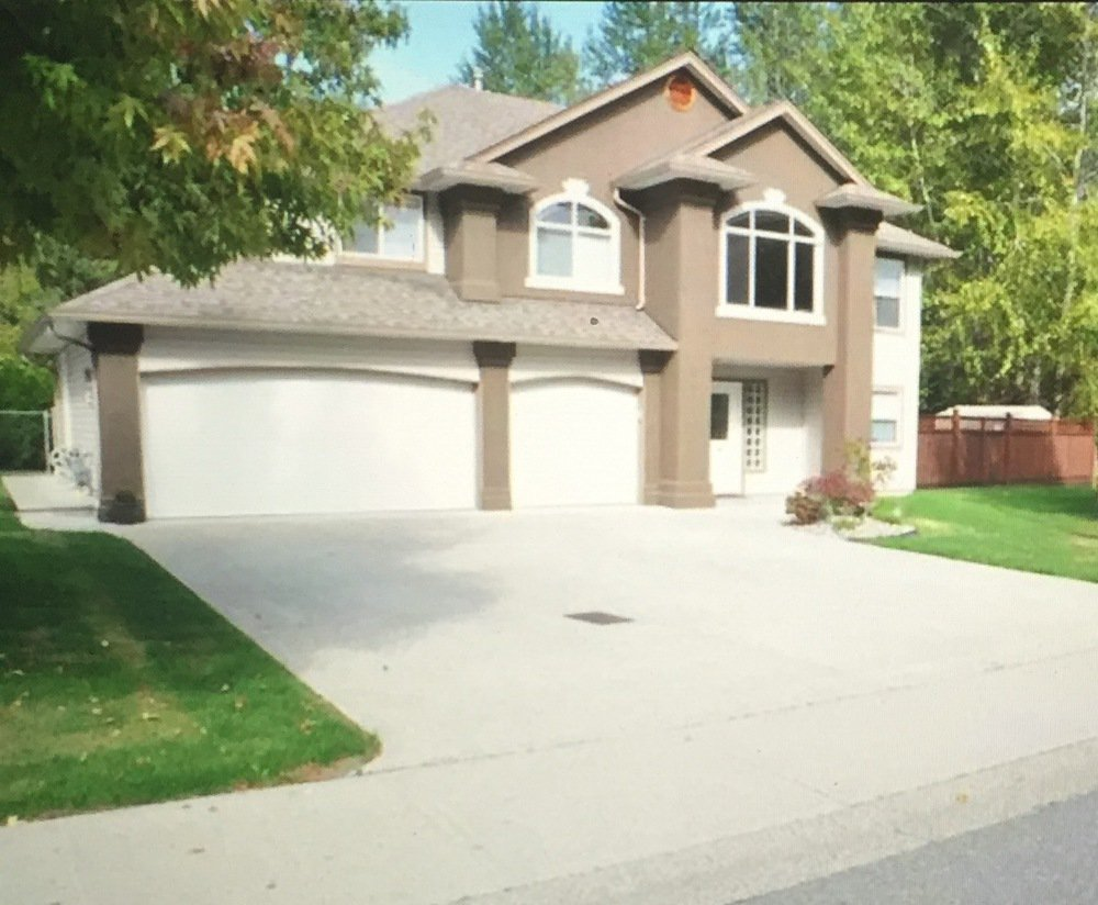 Main Photo: 12239 238A Street in Maple Ridge: Home for sale : MLS®# R2209153