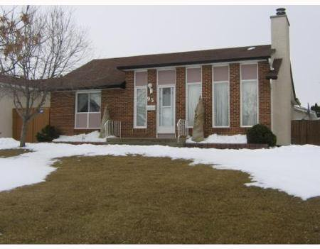 Main Photo: 95 PALMS BLVD.: Residential for sale (Garden Grove)  : MLS®# 2904812