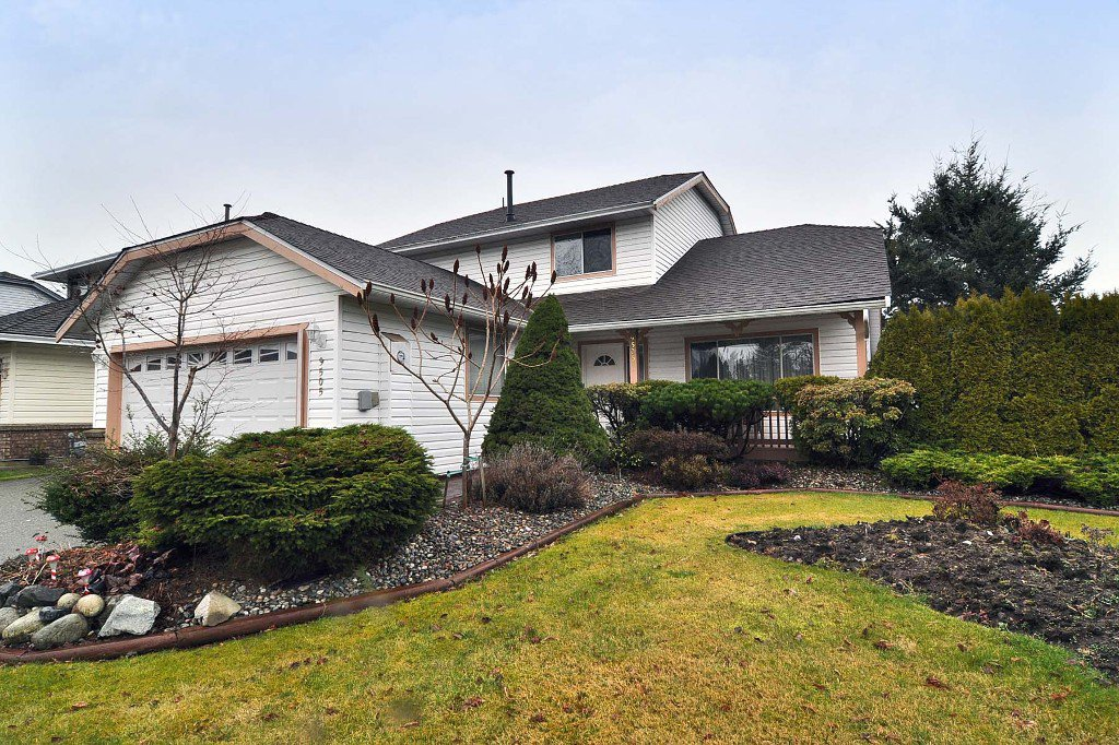 Main Photo: 9505 161ST Street in SURREY: Fleetwood Tynehead House for sale (Surrey)  : MLS®# F1304285