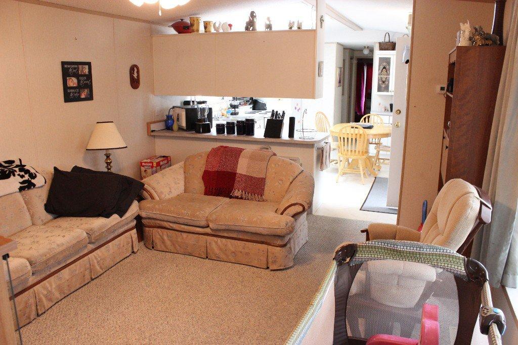 Photo 2: Photos: 4 2805 Westsyde Road in Kamloops: Westsyde Manufactured Home for sale : MLS®# 119353