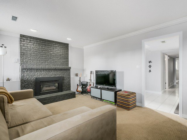 Photo 17: Photos: 14763 THRIFT AV: White Rock House for sale (South Surrey White Rock)  : MLS®# F1441311