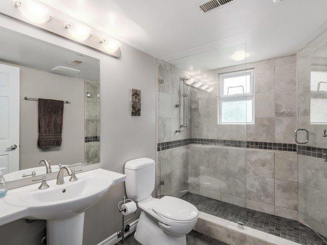 Photo 19: Photos: 14763 THRIFT AV: White Rock House for sale (South Surrey White Rock)  : MLS®# F1441311