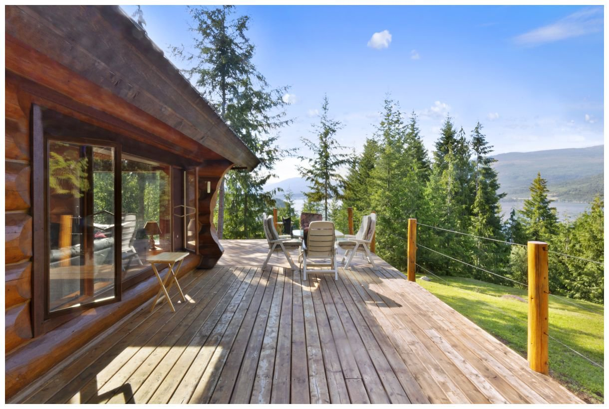 Photo 2: Photos: 5150 Eagle Bay Road in Eagle Bay: House for sale : MLS®# 10164548