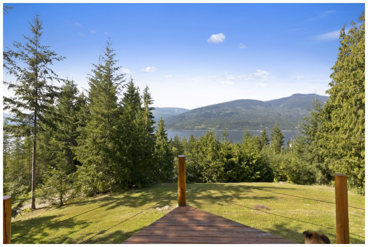 Photo 4: Photos: 5150 Eagle Bay Road in Eagle Bay: House for sale : MLS®# 10164548