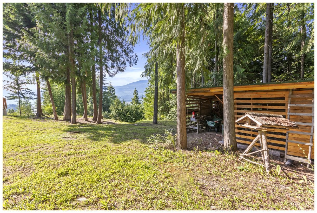 Photo 25: Photos: 5150 Eagle Bay Road in Eagle Bay: House for sale : MLS®# 10164548
