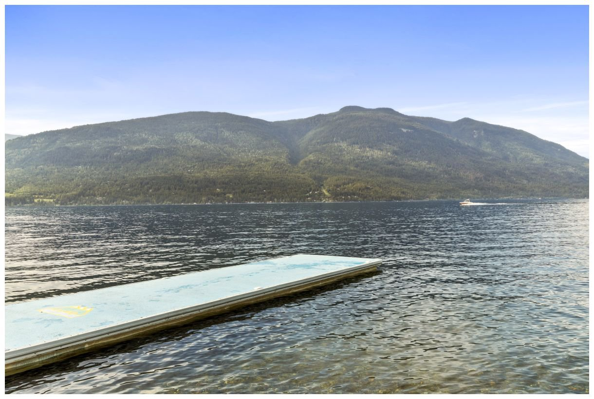 Photo 37: Photos: 5150 Eagle Bay Road in Eagle Bay: House for sale : MLS®# 10164548