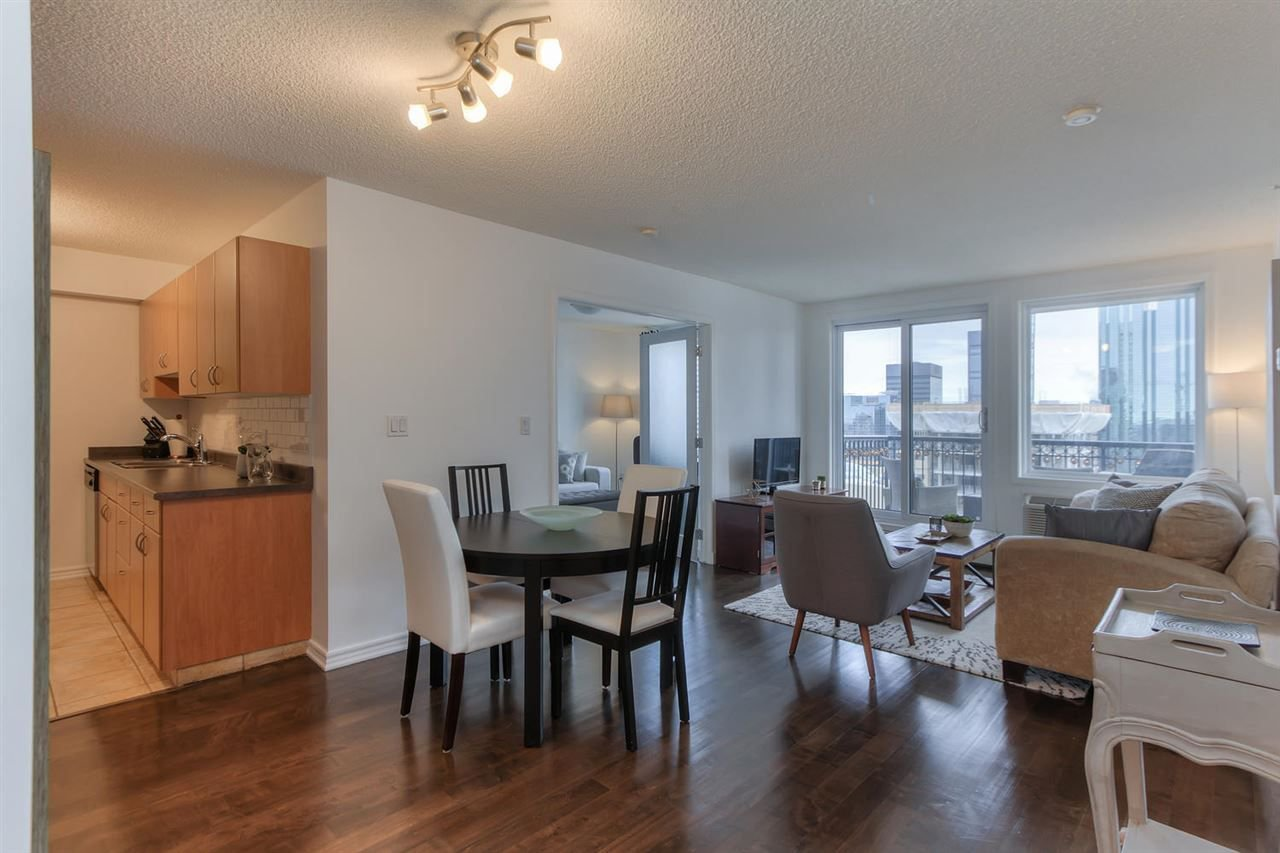 Main Photo: 10180 104 ST NW in Edmonton: Zone 12 Condo for sale : MLS®# E4145073