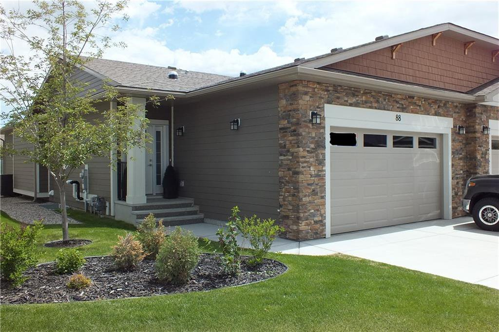 Main Photo: 88 SIERRA MORENA Manor SW in Calgary: Signal Hill Semi Detached for sale : MLS®# C4292022