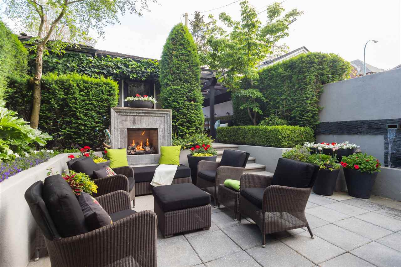 Ron Rule designed landscaping
