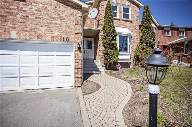 Main Photo: 10 Atkinson Crt in Ajax: Freehold for sale : MLS®# E3771116