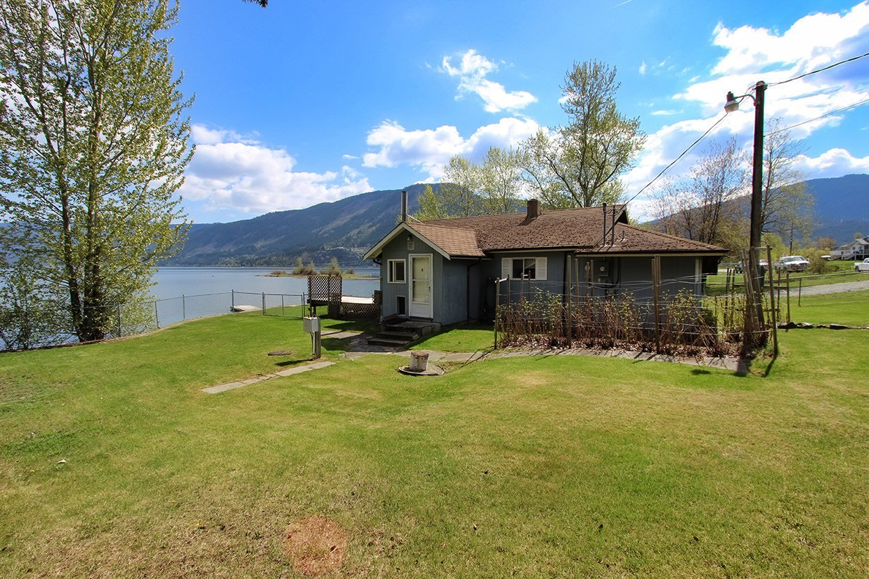 Photo 9: Photos: 6026 Lakeview Road: Chase House for sale (Shuswap)  : MLS®# 10179314