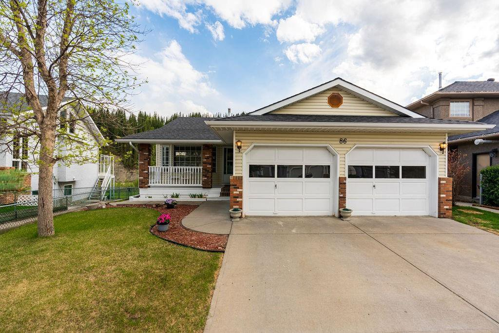 Main Photo: 86 RIVERVIEW Circle: Cochrane Detached for sale : MLS®# C4299466