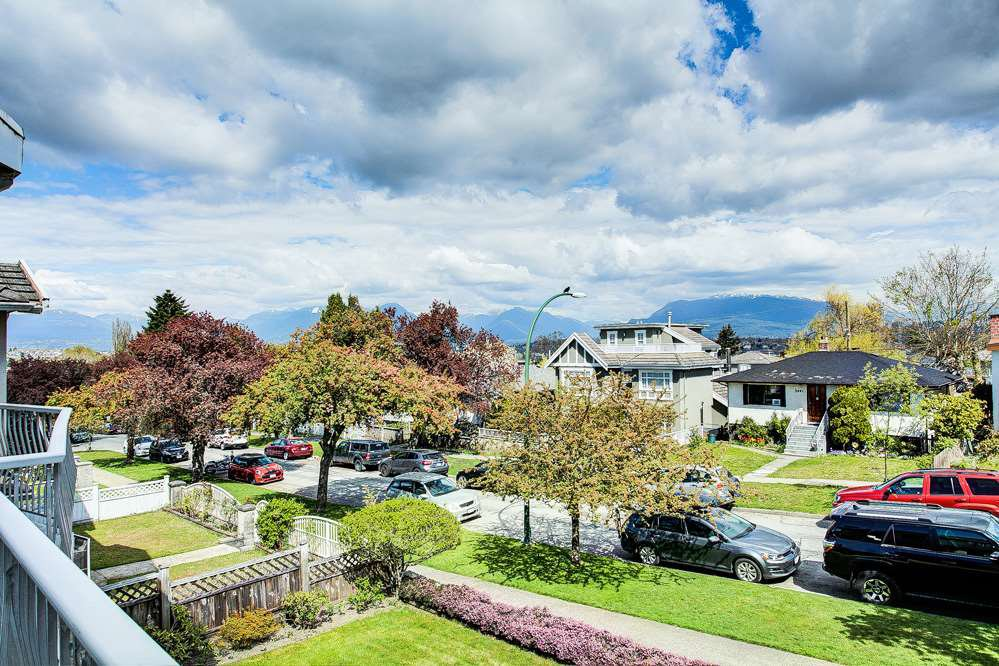 Photo 28: Photos: 3438 WORTHINGTON Drive in Vancouver: Renfrew Heights House for sale (Vancouver East)  : MLS®# R2463499