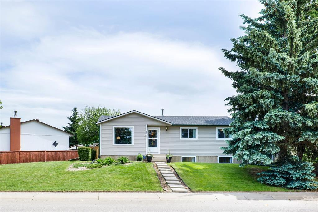 Main Photo: 408 ALBERT Street SE: Airdrie Detached for sale : MLS®# A1009578