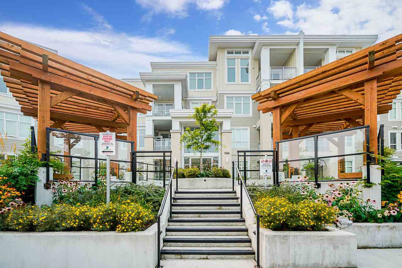 "Main Photo: 110 15436 31 Avenue in Surrey: Grandview Surrey Condo for sale in ""Headwaters"" (South Surrey White Rock)  : MLS®# R2528242"