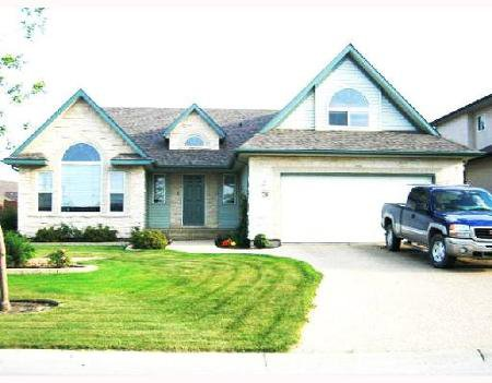 Main Photo: 26 FALCON RIDGE: Residential for sale (Linden Ridge)  : MLS®# 2716659