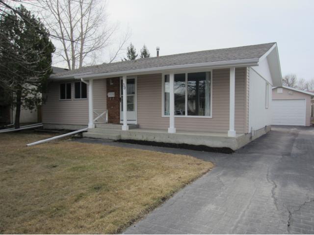 Main Photo: 30 Dohaney Crescent in WINNIPEG: Westwood / Crestview Residential for sale (West Winnipeg)  : MLS®# 1307469