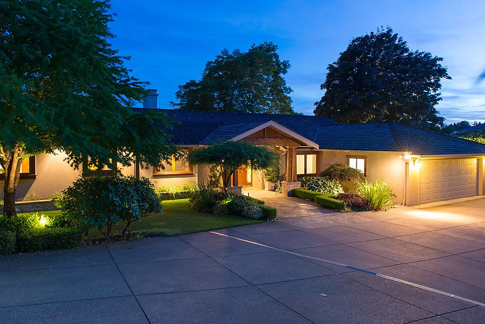 Photo 1: Photos: King Georges Way in West Vancouver: British Properties House for rent