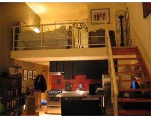 "Main Photo: 1107 933 SEYMOUR ST in Vancouver: Downtown VW Condo for sale in ""THE SPOT"" (Vancouver West)  : MLS®# V609885"