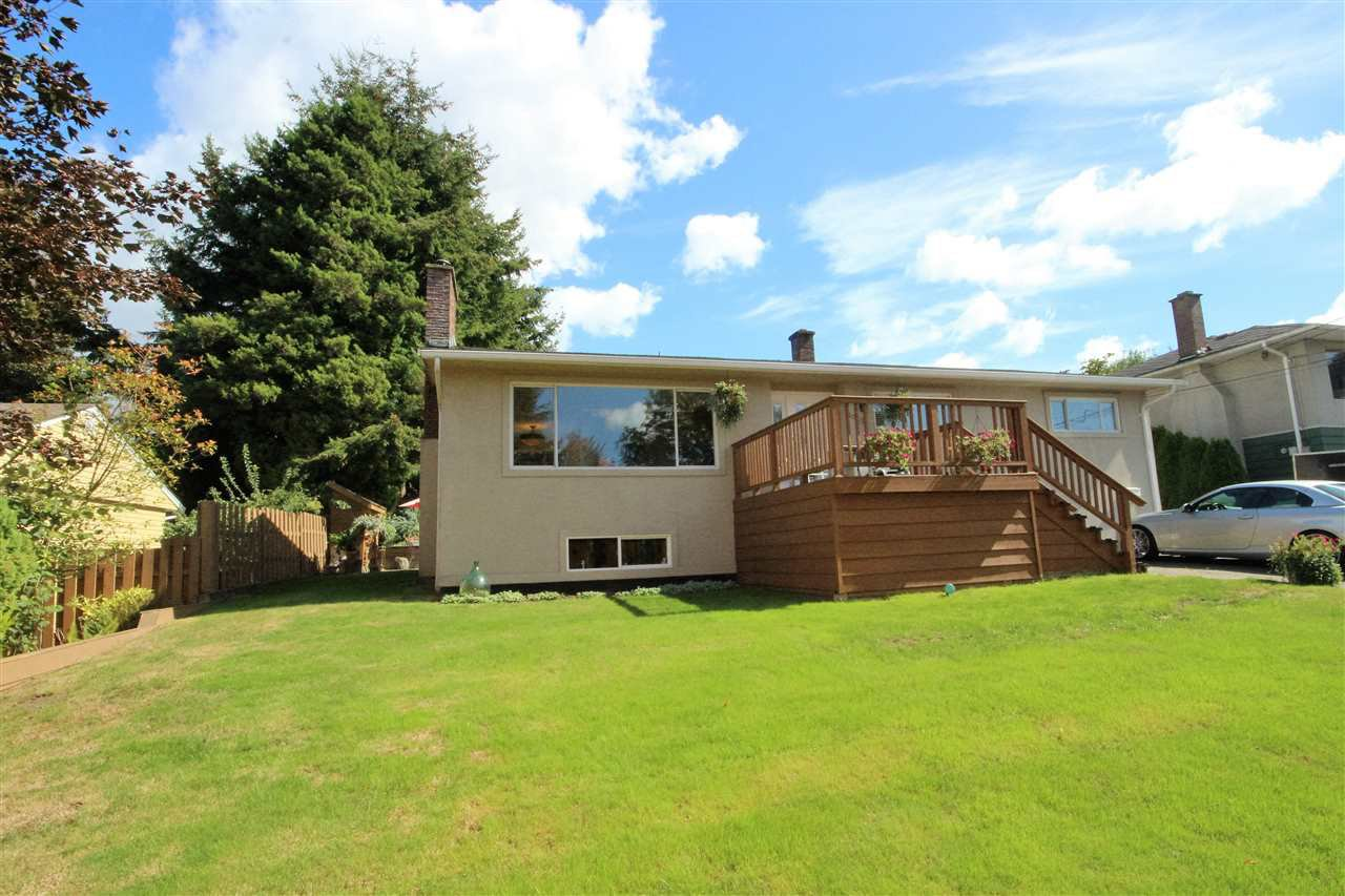 Main Photo: 10256 124 St in Surrey: Cedar Hills House for sale (N. Delta)  : MLS®# R2106651