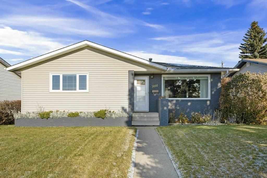 Main Photo: 7004 100 Avenue in Edmonton: Zone 19 House for sale : MLS®# E4178854