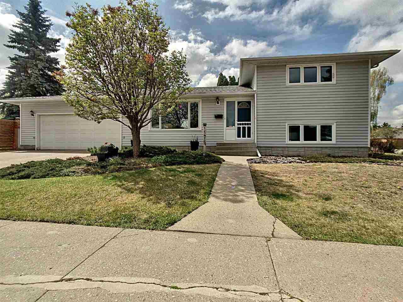 Main Photo: 11415 37 Avenue in Edmonton: Zone 16 House for sale : MLS®# E4198123