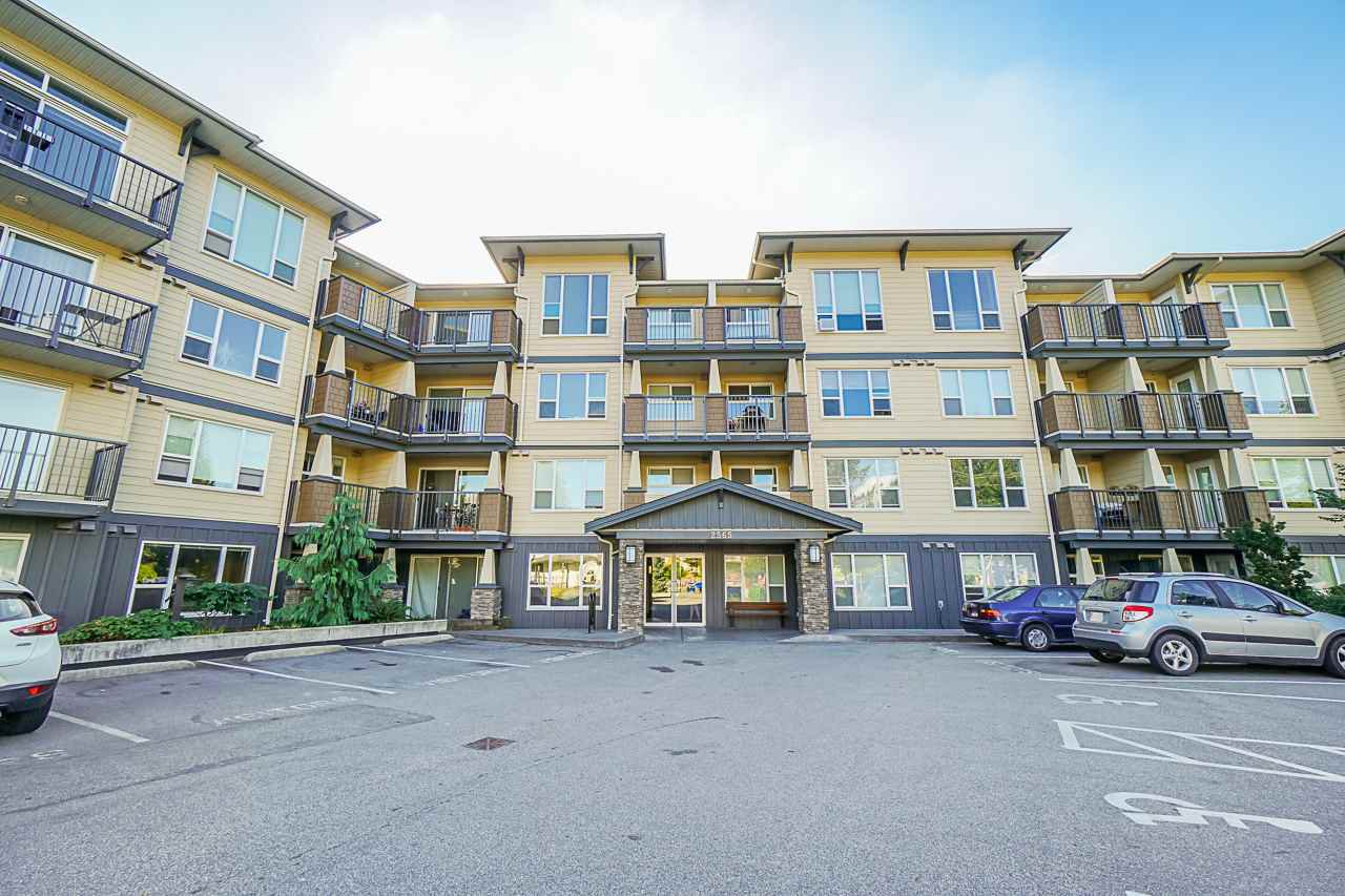 """Main Photo: 320 2565 CAMPBELL Avenue in Abbotsford: Central Abbotsford Condo for sale in """"ABACUS UPTOWN"""" : MLS®# R2492923"""