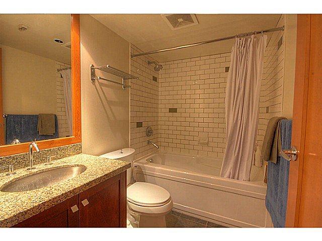 Photo 10: Photos: # 305 7 RIALTO CT in New Westminster: Quay Condo for sale : MLS®# V1030137