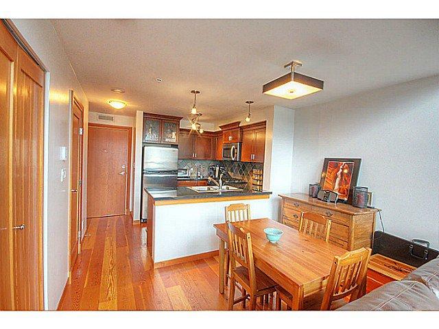 Photo 8: Photos: # 305 7 RIALTO CT in New Westminster: Quay Condo for sale : MLS®# V1030137