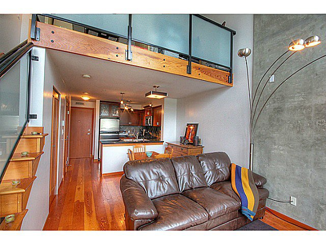 Photo 3: Photos: # 305 7 RIALTO CT in New Westminster: Quay Condo for sale : MLS®# V1030137