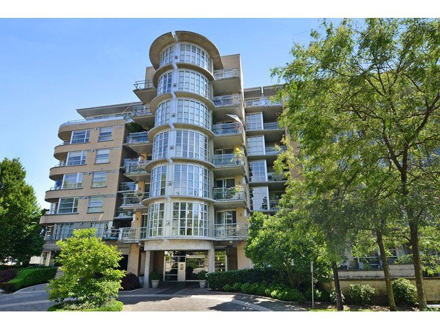 Main Photo: # 613 2655 CRANBERRY DR in Vancouver: Kitsilano Condo for sale (Vancouver West)  : MLS®# V1129601