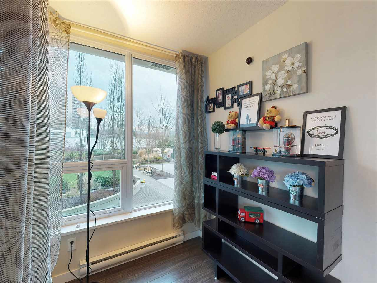 Photo 13: Photos: 405 2232 DOUGLAS ROAD in Burnaby: Brentwood Park Condo for sale (Burnaby North)  : MLS®# R2347040