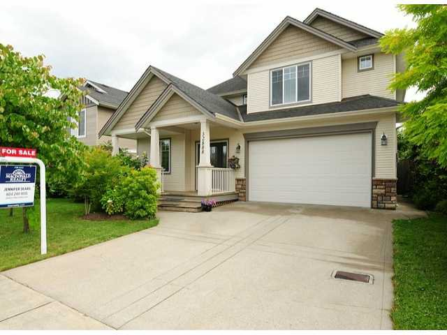 "Main Photo: 32888 EGGLESTONE Avenue in Mission: Mission BC House for sale in ""CEDAR VALLEY ESTATES"" : MLS®# F1416650"