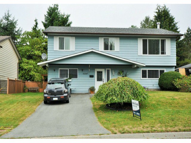 Main Photo: 32367 PTARMIGAN Drive in Mission: Mission BC House for sale : MLS®# F1420172