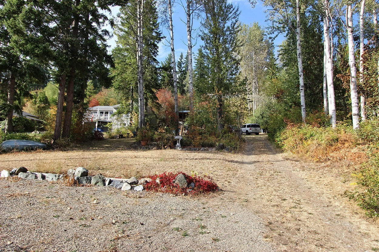 Photo 33: Photos: 6469 Squilax Anglemont Highway: Magna Bay Land Only for sale (North Shuswap)  : MLS®# 10202292