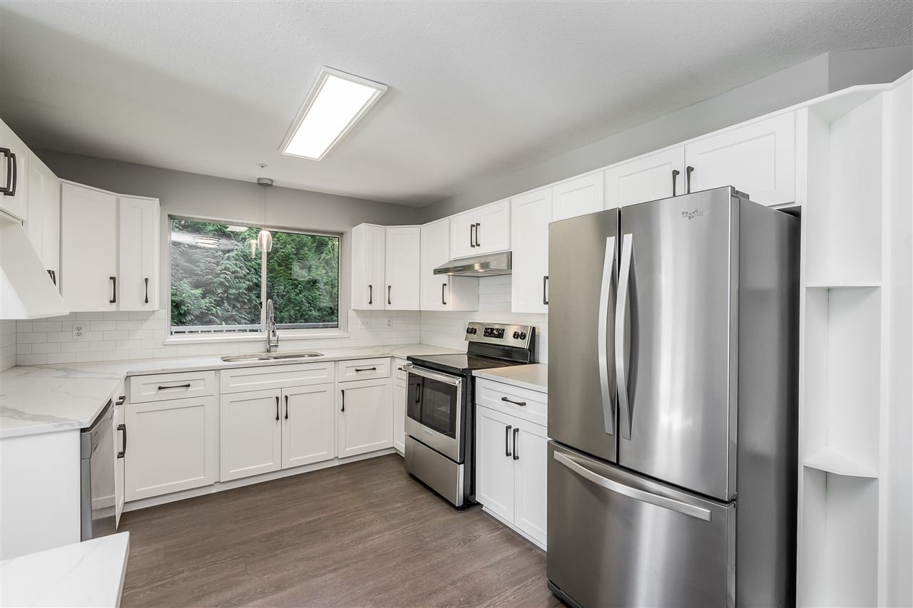 """Photo 6: Photos: 120 2451 GLADWIN Road in Abbotsford: Abbotsford West Condo for sale in """"Centennial Court"""" : MLS®# R2441924"""