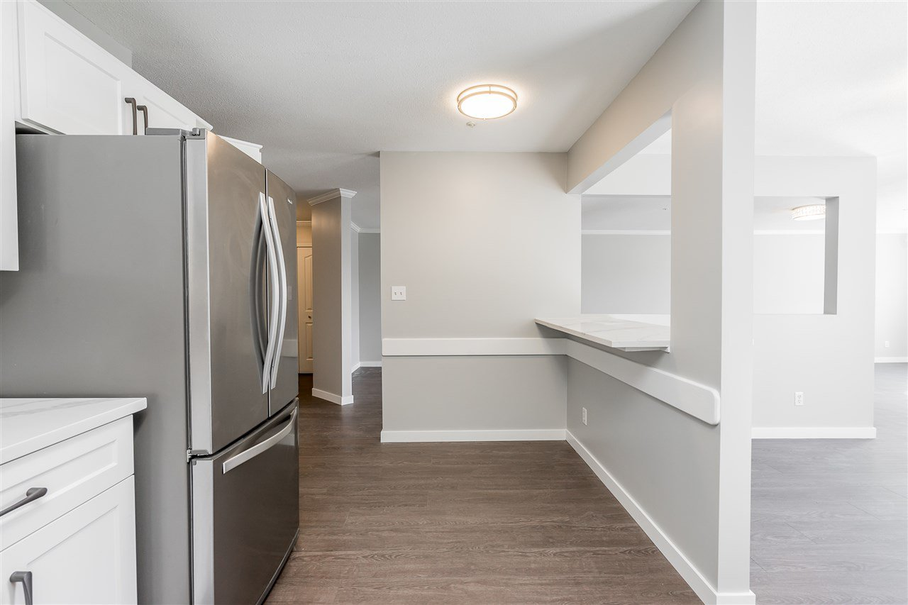 """Photo 8: Photos: 120 2451 GLADWIN Road in Abbotsford: Abbotsford West Condo for sale in """"Centennial Court"""" : MLS®# R2441924"""